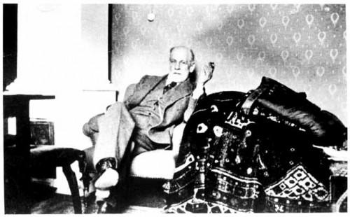 Dimensions historiques de la psychanalyse for Divan freud